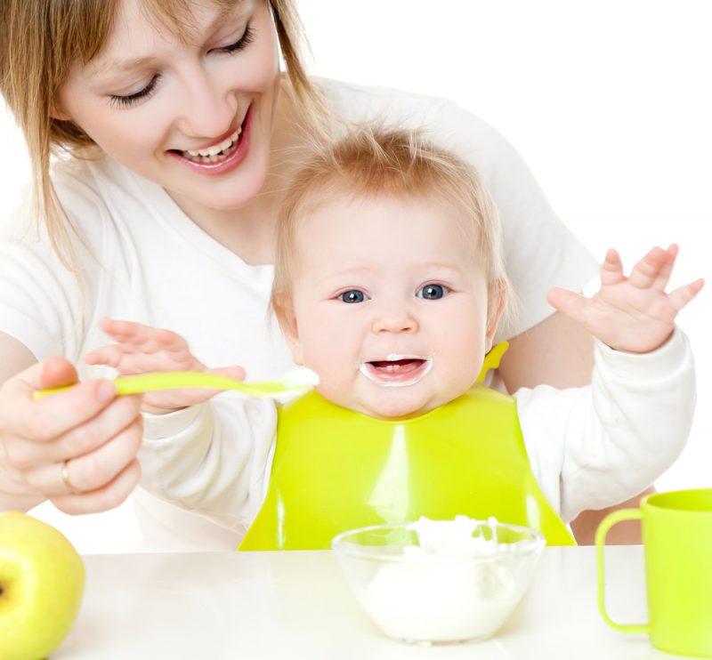 เรื่องน่ารู้ก่อนอาหารมื้อแรกของลูกน้อยวัย 6 เดือน